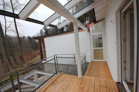 Tutzing Wohnung Terrasse mit Treppe in den Garten